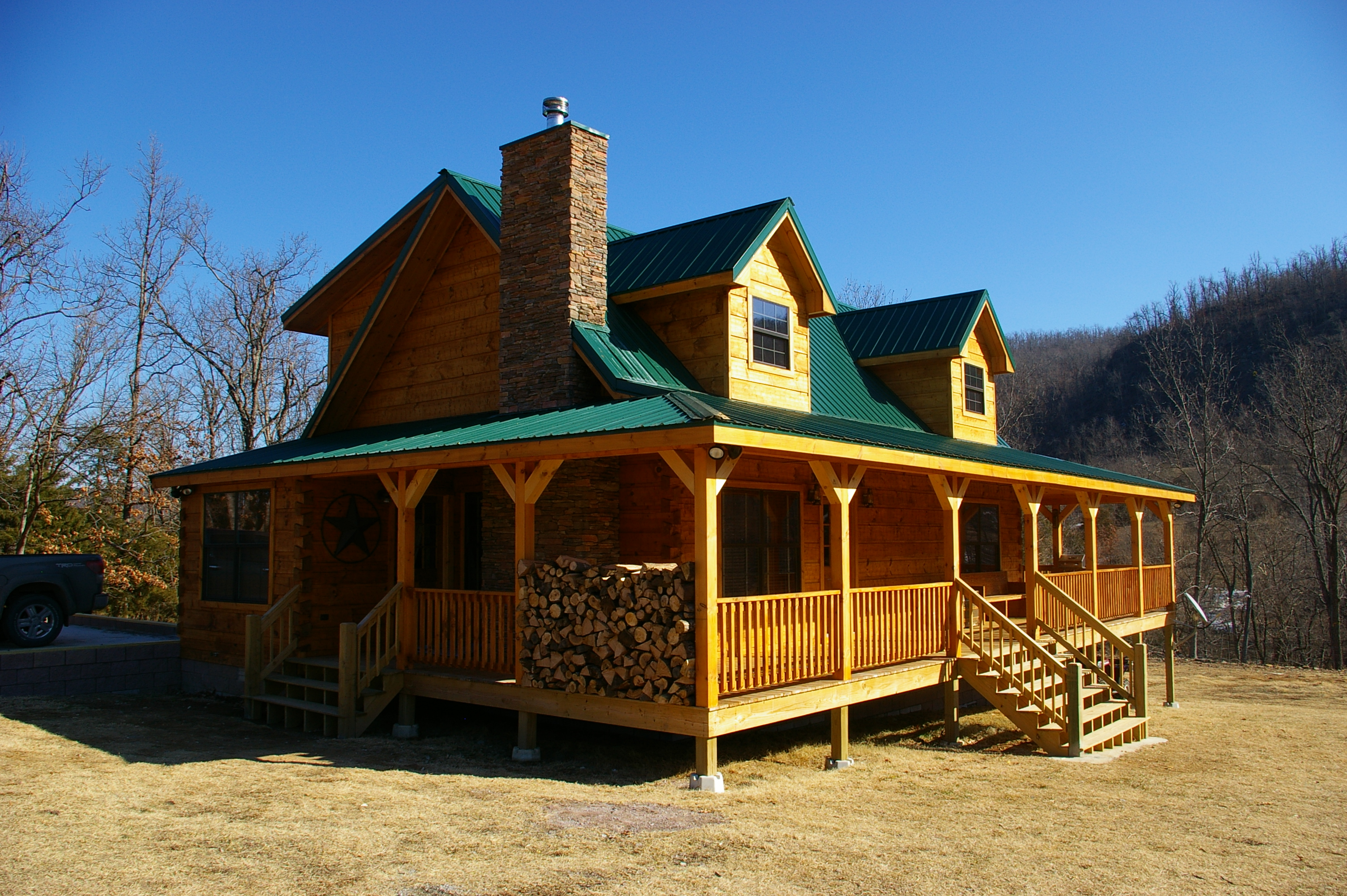 Stephenson log home ozark custom country homes for Home builders arkansas